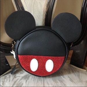 ❤️ NEW Disney Mickey Girl's Crossbody Bag!